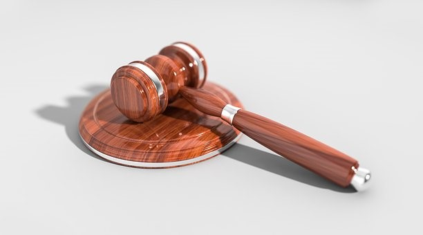 Essential Qualities To Look For In Your Lawyer If You Wish To Win Your Lawsuit